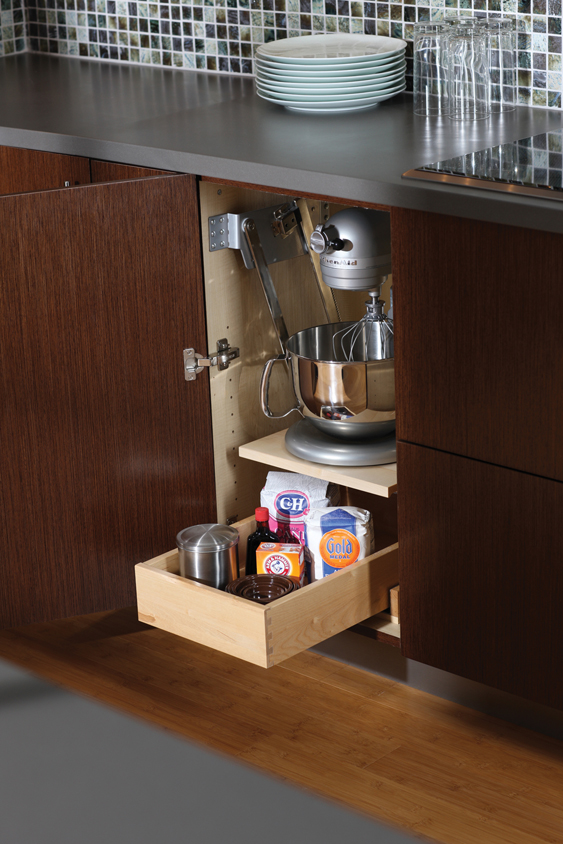 Cardinal Kitchens Amp Baths Storage Solutions 101 Pantry Storage