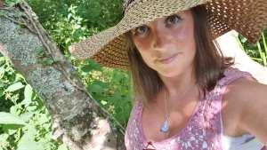 Tabitha wearing a sunhat