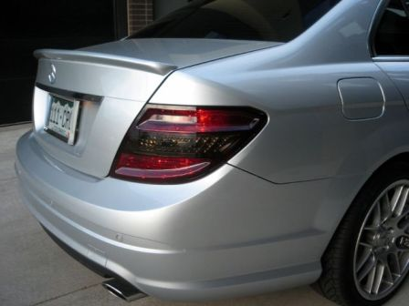 smoked-tinted-tail-lights-mercedes