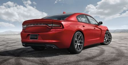 2015-dodge-charger-specs-side-pose