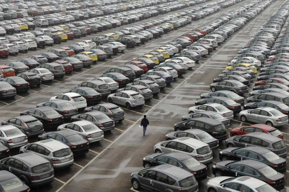 The real reason why auto manufacturers keep on making cars that end ...