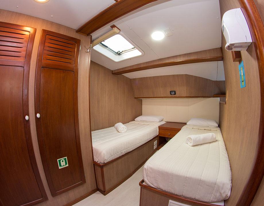 nemo III cabin 1