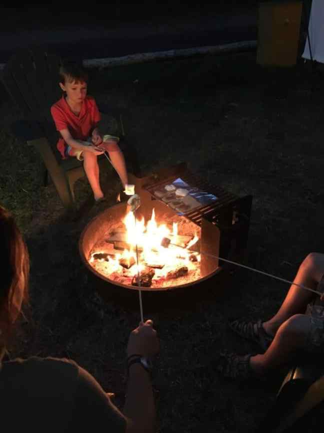 Enjoy a campfire at Lakedale Resort, the best place to camp with kids in Washington.