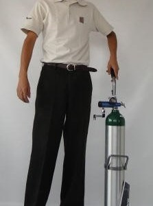 Equipo de oxígeno portátil de 680 litros con regulador