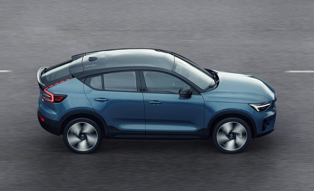 Volvo Unveils its Second Electric Vehicle – C40 Recharge