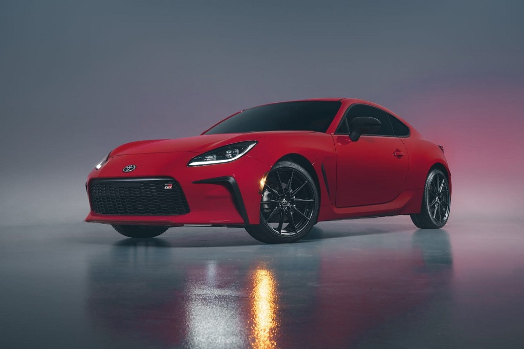 2022 Toyota GR 86 Debuts: Marks Revival of Brand's Sportscar Lineage