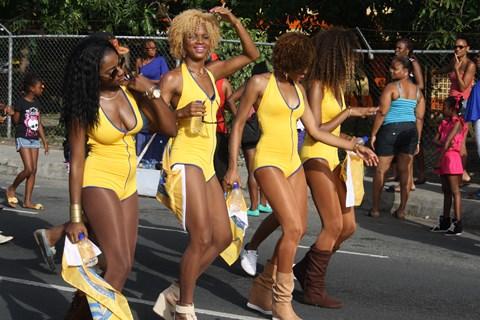 Line jam Yellow Girls. Photo courtesy http://stluciafirst.com/
