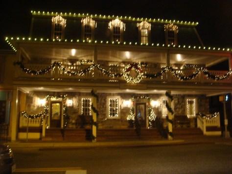 Boonesboro Inn at Night