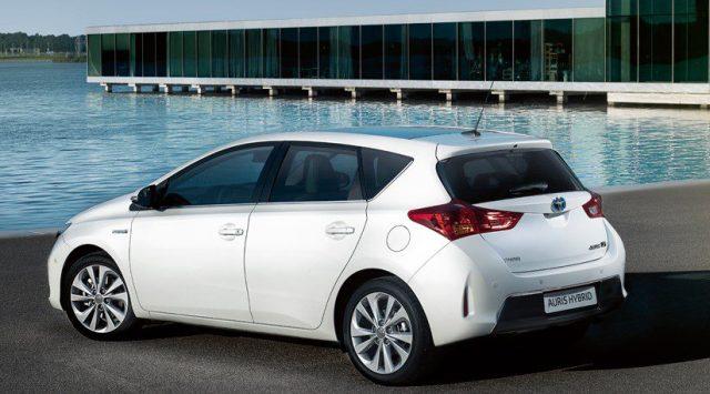 Présentation de la Toyota Auris Hybride 2013