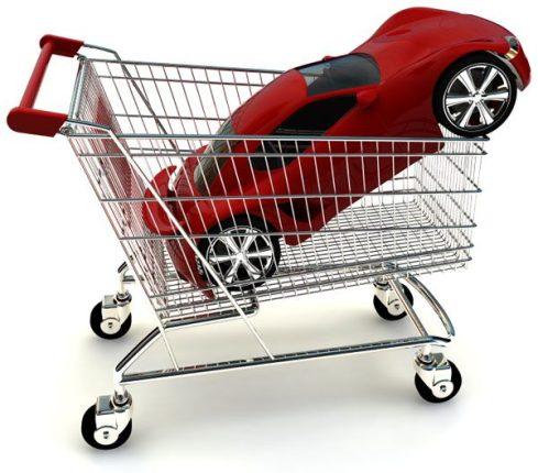 Les constructeurs automobiles se mettent à la vente en ligne au détriment des concessionnaires automobiles
