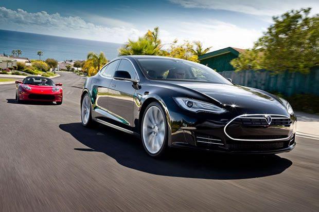 Tesla veut la plus grosse usine de batteries
