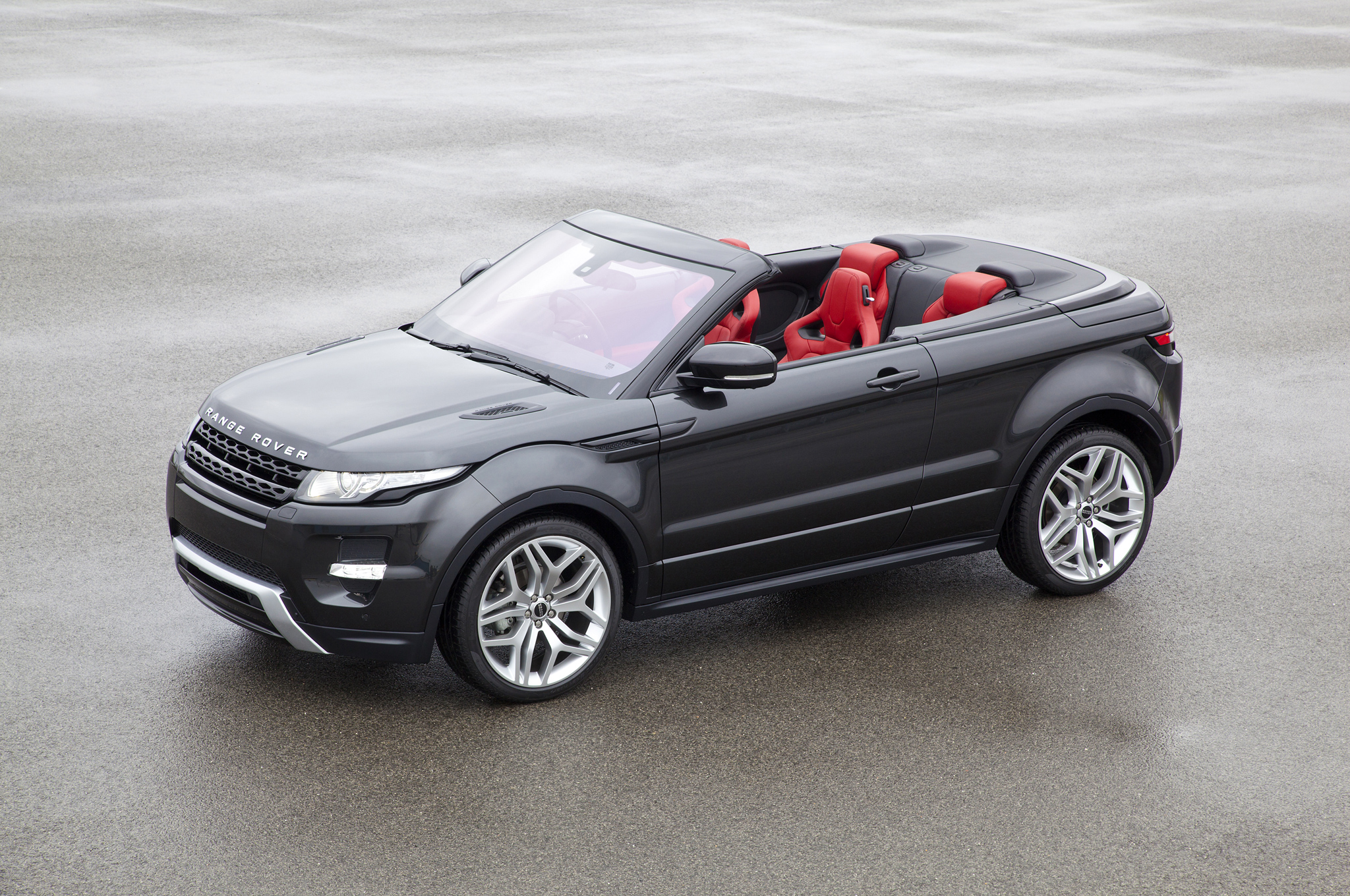 evoque cabriolet range rover se d couvre blog auto carid al. Black Bedroom Furniture Sets. Home Design Ideas