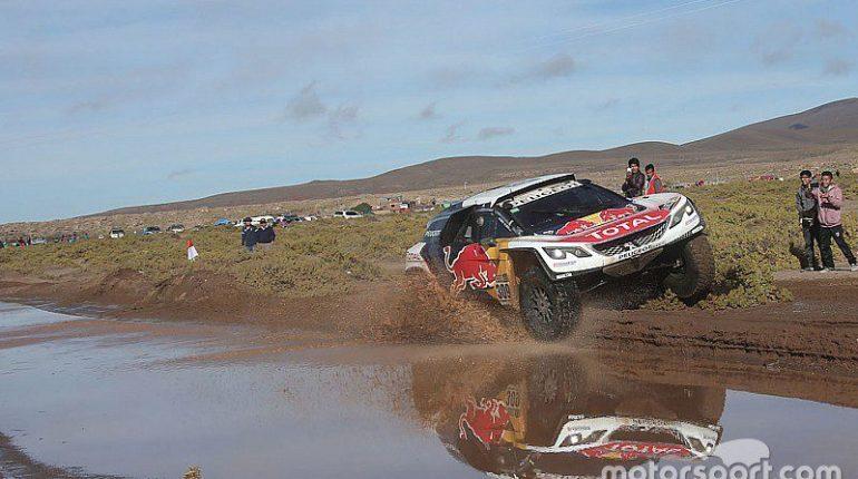 Dakar 2017 Etape 11 Peterhansel ne cède rien cela va être compliqué pour Loeb