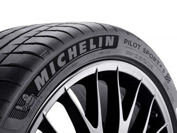 Michelin présente son nouveau pneu Pilot Sport 4 S