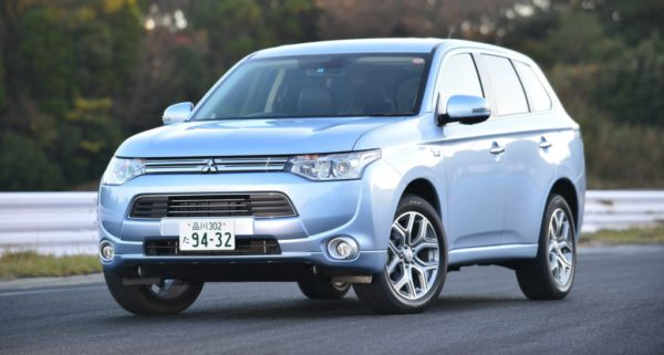 Voiture électrique ou hybride ? : la Mitsubishi Outlander PHEV
