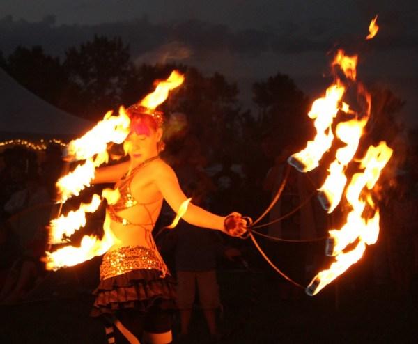 Carisa Hendrix Award Winning Magician Circus Stunt Girl