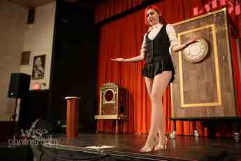 Calgary Magician Amazing Adult Shows