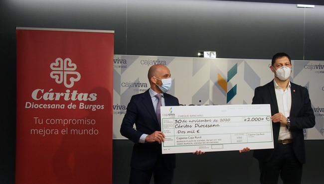 """Caja Viva hace entrega de 2.000 € recaudados gracias a la iniciativa """"Tu corazón suma"""""""