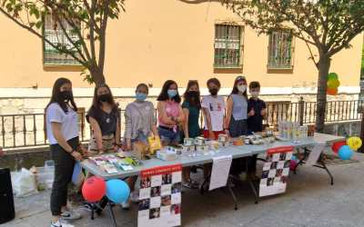 Venta de Comercio Justo en la parroquia de San Pedro de la Fuente