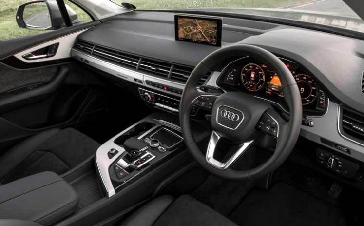 Audi-Q7-e-tron-interior