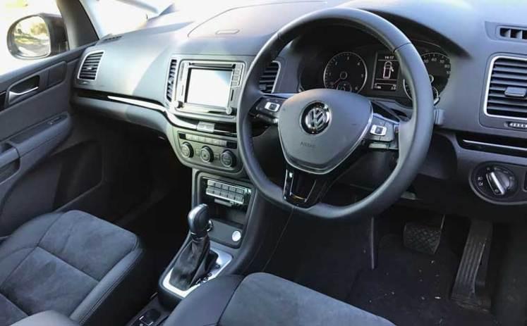 VW-Sharan-interior