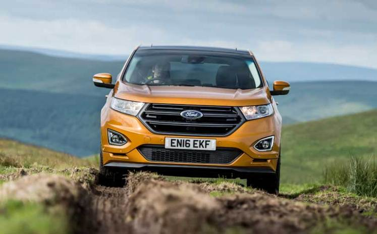Ford-Edge-off-road