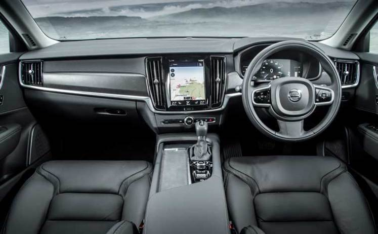 V90-Cross-Country-interior