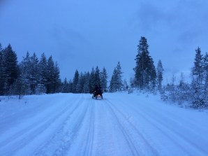 20151226 LAPLAND Snowmobile8