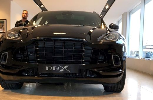 Aston Martin DBX er landet i Danmark