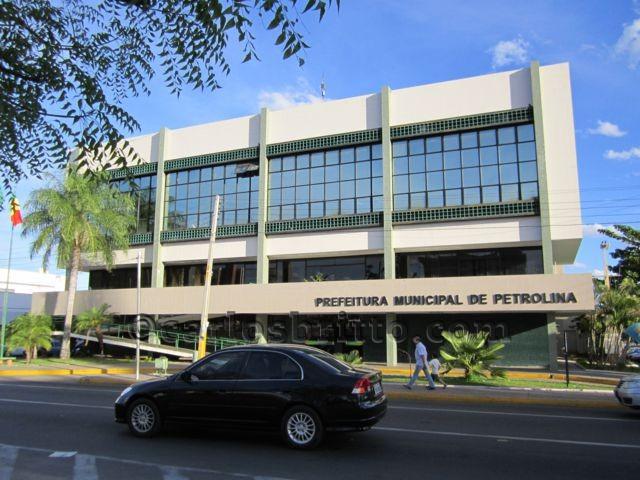 Prefeitura-de-Petrolina_640x480