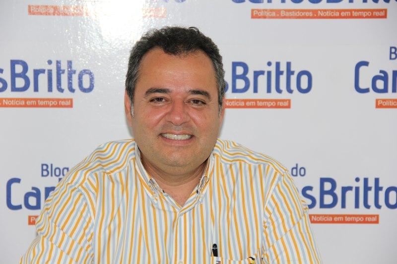Danilo Cabral rindo