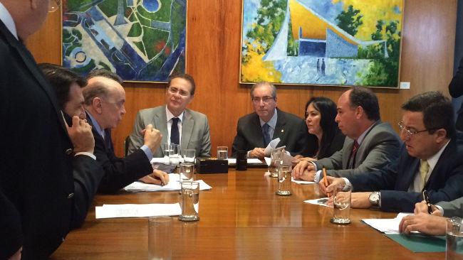 FBC reunido com senadores e deputados