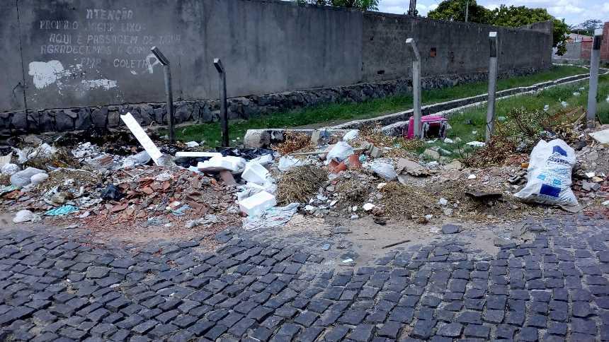 lixo-rua-bairro-dom-malan