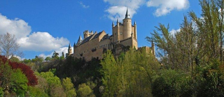 El Alcázar desde el Parque del Eresma