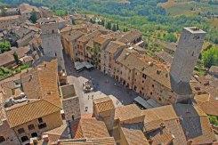 Vistas desde Torre Grossa: Piazza della Cisterna