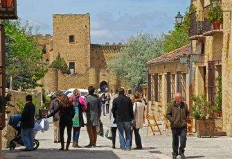 Calle Mayor hacia el Castillo