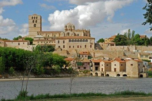 ZAMORA---Vistas-Catedral-y-Rio-Duero-(2)