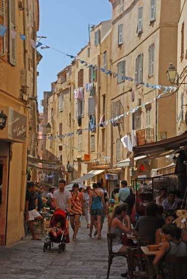 Calles en la Ville Haute