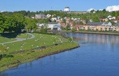 Río Nidelva y Fortaleza de Kristiansten