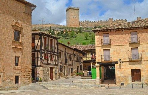 Plaza Mayor y Castillo