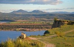 Miradores de las Barrncas - Al fondo los Montes de Toledo