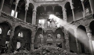 Interior de la Biblioteca de Sarajevo en la Guerra