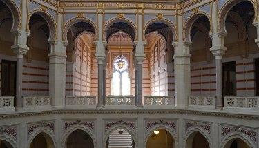 Interior de la Biblioteca de Sarajevo
