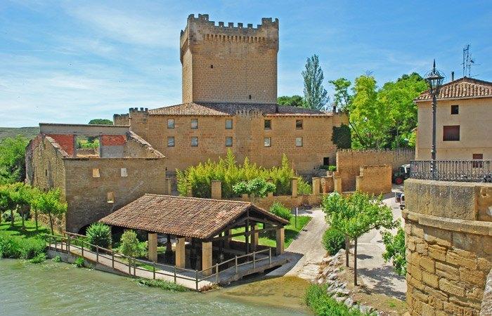 Castillo de Cuzcurrita del Río Tirón