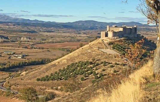 El Castillo del Cid en Jadraque vigilando la Campiña del Henares