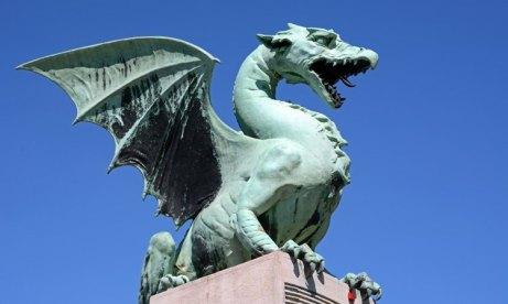 Liubliana. Puente de los Dragones. Dragón