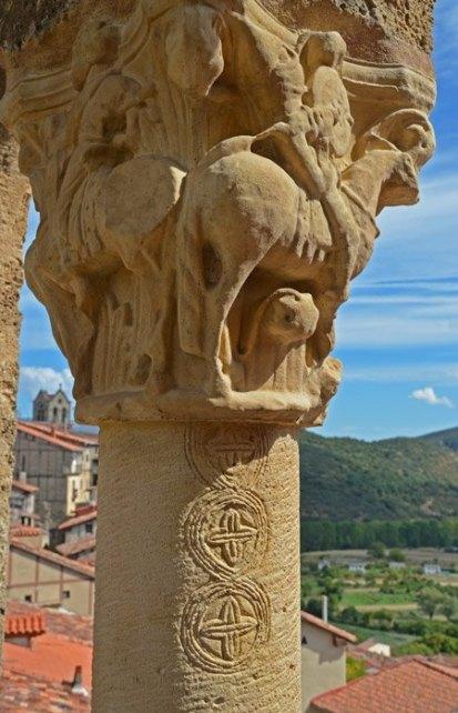 Capitel en el Castillo de Frías