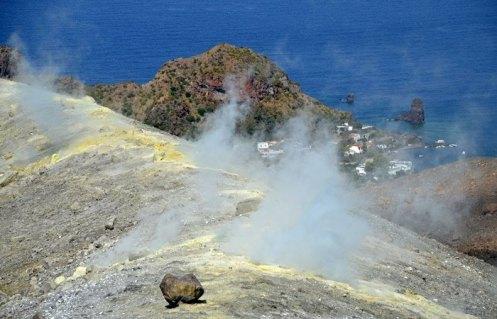 Vapores sulfurosos del cráter (Vulcano)
