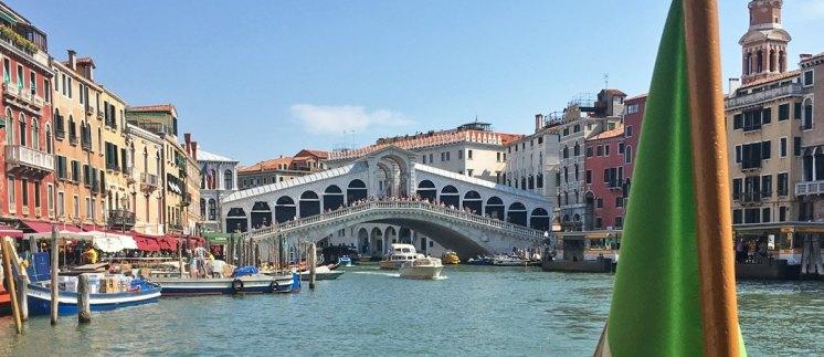 Puente de Rialto desde el Gran Canal