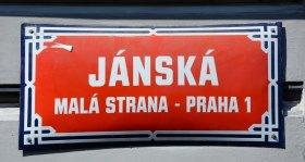 Malá Strana. Calle Janska